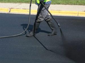 asphalt sealcoating maintenance